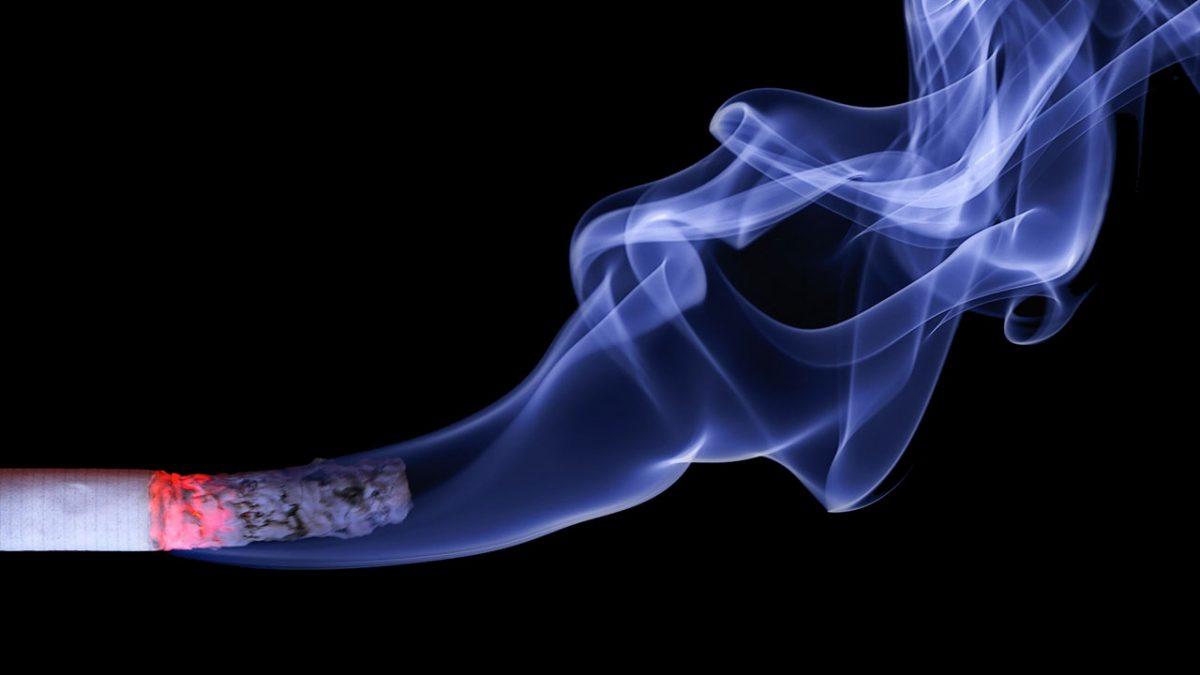 Sigara Mide Yanması Yapar mı