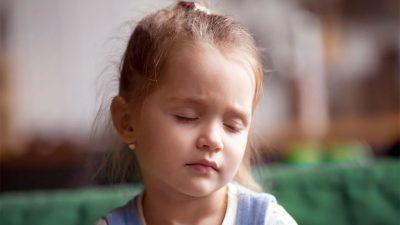 Aile ve öğretmenler çocukların baş ağrısının ne kadar farkında?